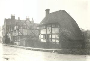 garland-n940-steyning-street-scene-saxon-cottages-church-street-nov-1924