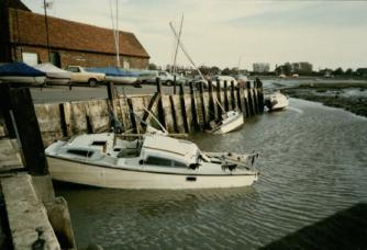 Acc 18899-4 Chichester